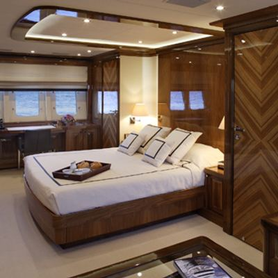 Dragon Yacht Master Stateroom