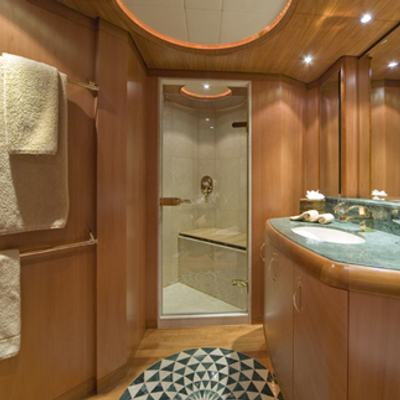 Solaia Yacht Bathroom