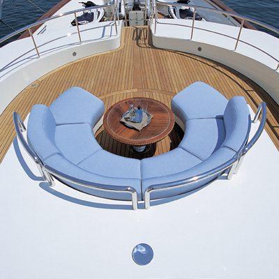 Jo Yacht Overhead - Circular Seating
