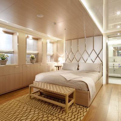 Vicky Yacht Neutral Stateroom