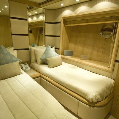 Seven Star Yacht