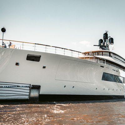 SYZYGY 818 Yacht