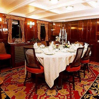 Fair Lady Yacht Dining Salon