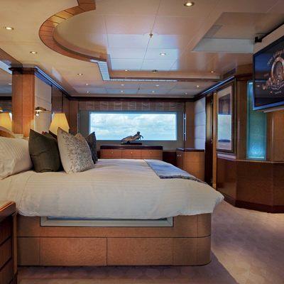 Jaguar Yacht Master Stateroom - Side