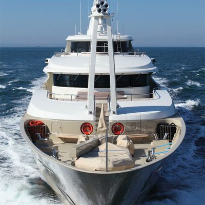 Light Holic Yacht