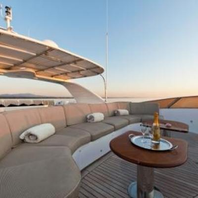 African Queen Yacht Exterior Seating