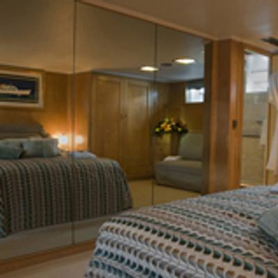 Istros Yacht Stateroom