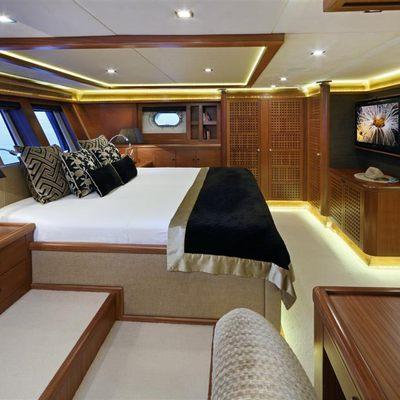 Daima Yacht