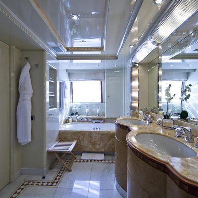 Azul V Yacht Master Bath