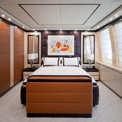Lisa IV Yacht Guest Stateroom