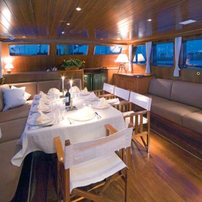 Tiziana Yacht Salon