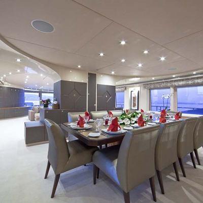 Daloli Yacht Dining Table