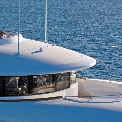 Aquila Yacht Bridge - External