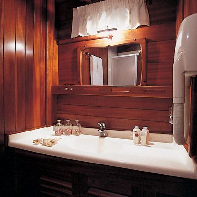 Matina Yacht Guest Bathroom