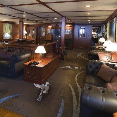 Seagull II Yacht Salon Seating