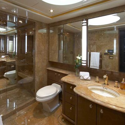 Lady Leila Yacht Master Bathroom