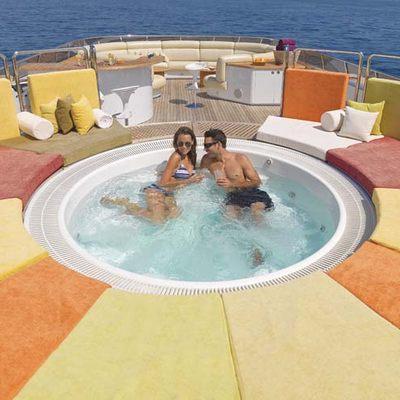 Daloli Yacht Jacuzzi & Seating - Lifestyle