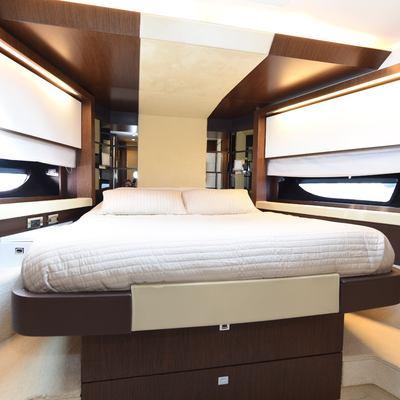 Doris IV Yacht