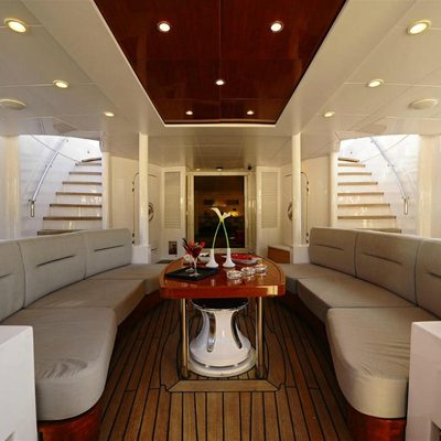 Berzinc Yacht Main deck table
