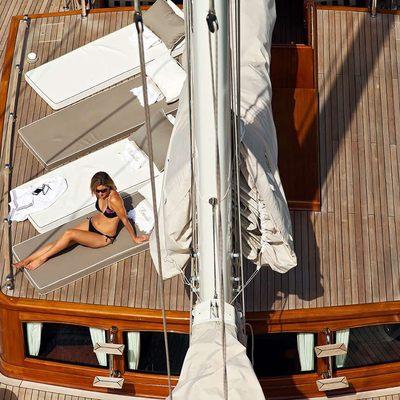 Gweilo Yacht Aerial - Sun Loungers