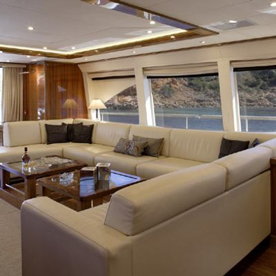 Dragon Yacht Saloon