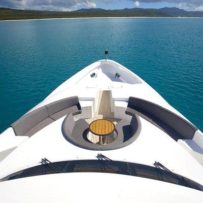 De Lisle III Yacht Sundeck - Overhead