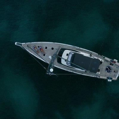 Champagne Hippy Yacht