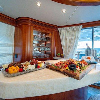 Sweet Emocean Yacht