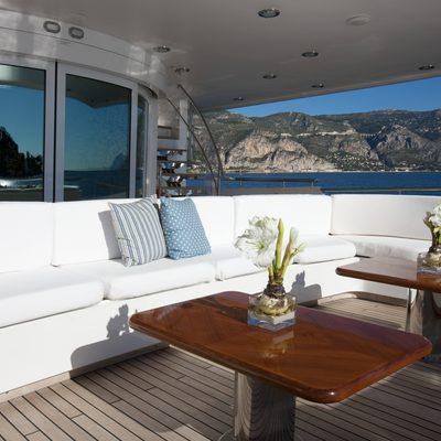 La Tania Yacht Deck Seating