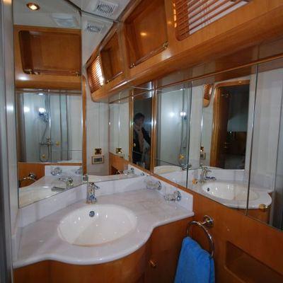 Phlora Yacht