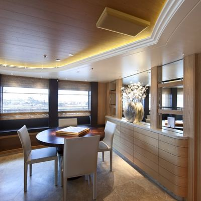 Naia Yacht Observation Lounge - Seating