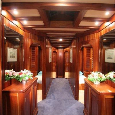 Matina Yacht Hall