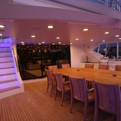 The Devocean Yacht Alfresco Dining