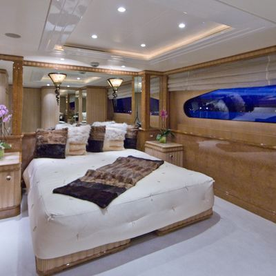 Lumiere Yacht VIP Stateroom