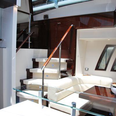 Carbon Yacht