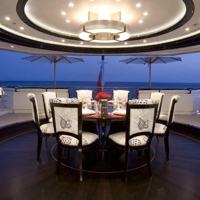 Alfa Nero Yacht Exterior Dining
