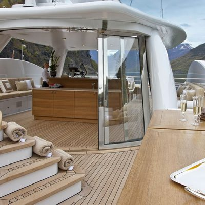 April Yacht Sundeck