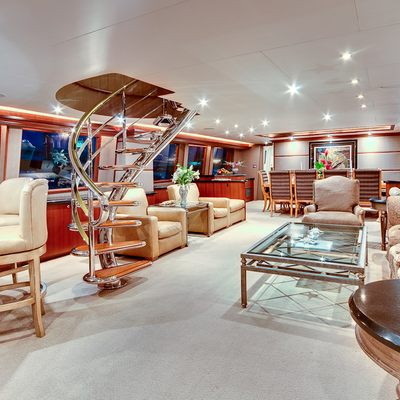Andiamo Yacht Salon - Overview