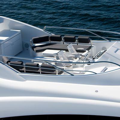 Quantum Yacht Aerial View - Flybridge