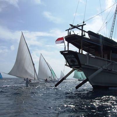 Silolona Yacht Stern View