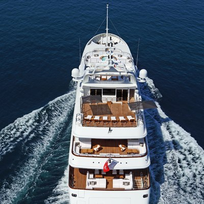 Seanna Yacht Rear View