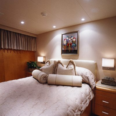 Seacall Yacht Guest Stateroom