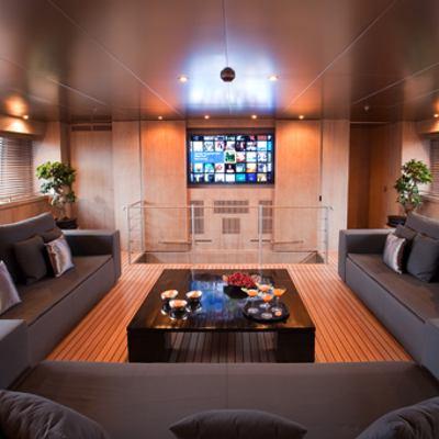 Mariu Yacht Upper saloon