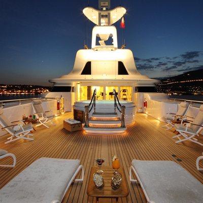 Capri I Yacht Sundeck - Night