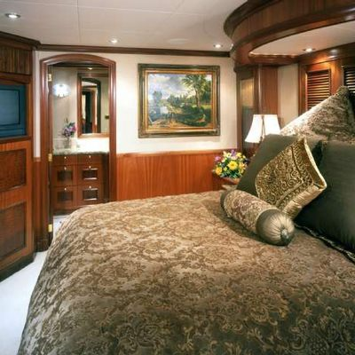 Far From It Yacht Neutral Guest Stateroom