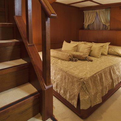 Seagull II Yacht Guest Stateroom Stairs