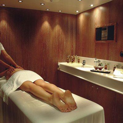 Elegant 007 Yacht Massage Room