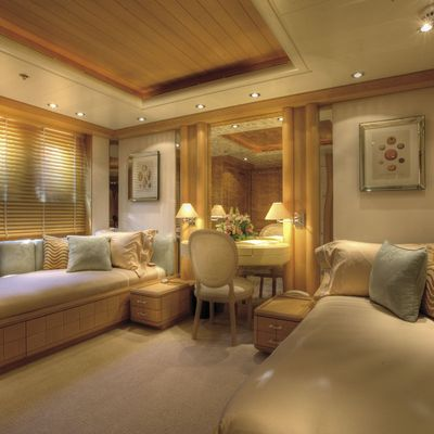 Marla Yacht Twin Stateroom