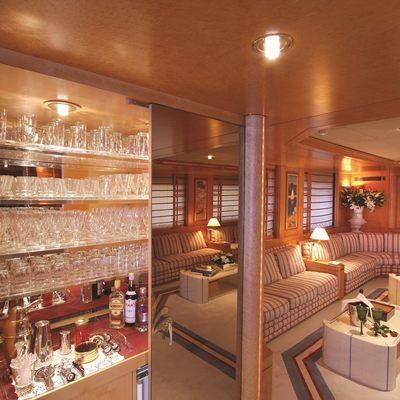 Bella Stella Yacht Skylounge Bar