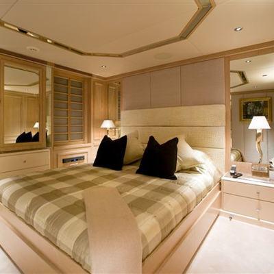 Va Bene Yacht Guest Stateroom